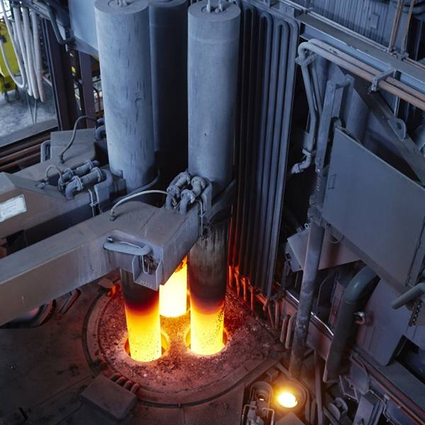 A picture <d>about</d> the process of regular power arc furnace steelmaking.